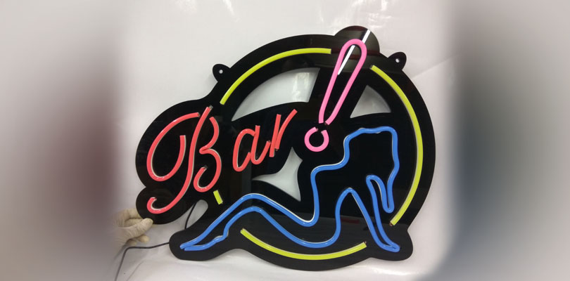 OD LED Neon - Bar with Lady
